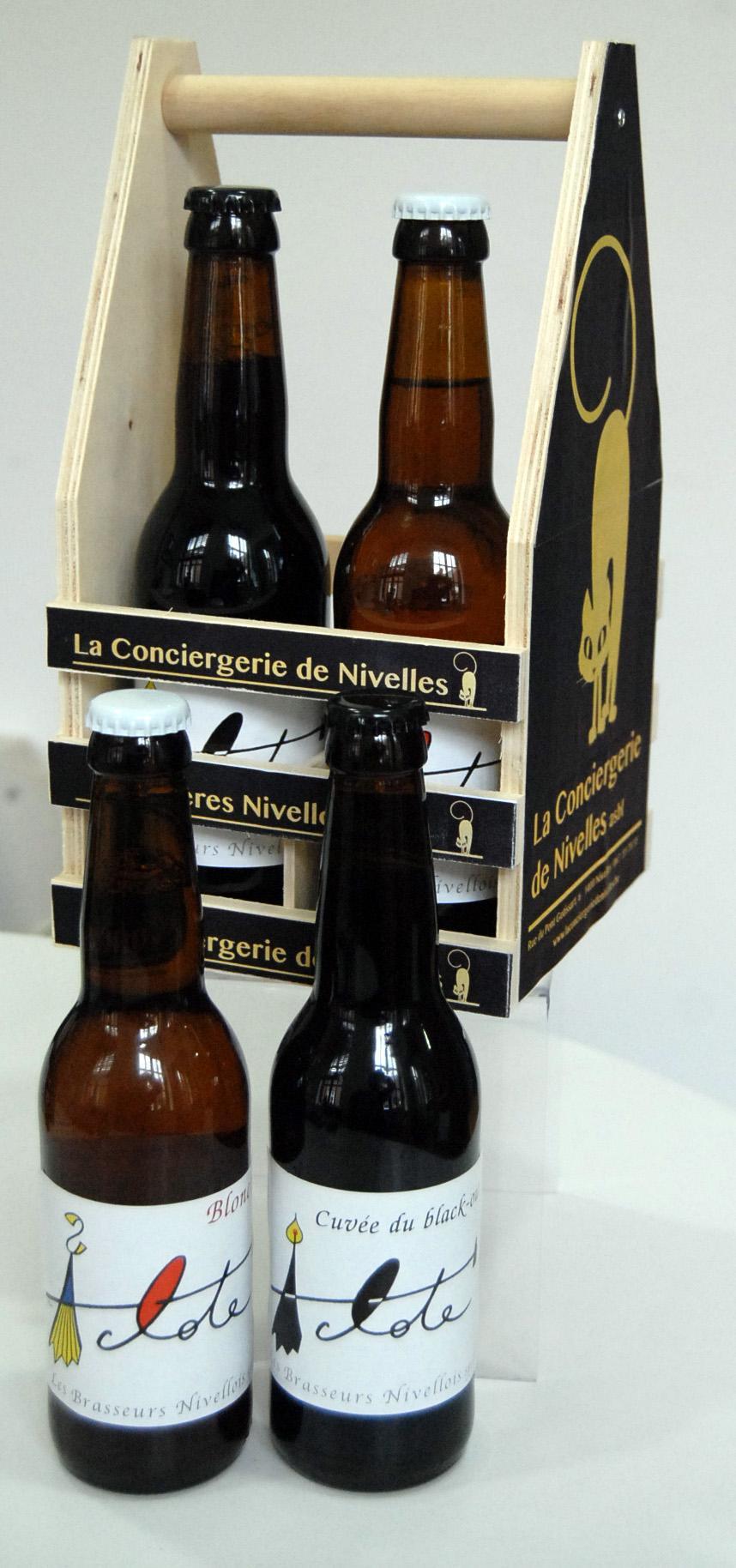 Pack en bois 4 bières - 2 Aclote Blonche - 2 Aclote Black